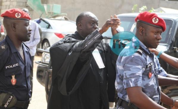 """Non-lieu dans l'affaire du bateau Le Joola : """"C'est une victoire du Sénégal"""", selon Me Diouf"""