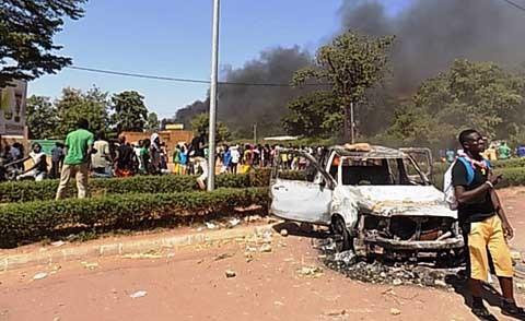 Modification de la Constitution au Burkina Faso : Le projet a été annulé mais la tension n'est pas encore retombée