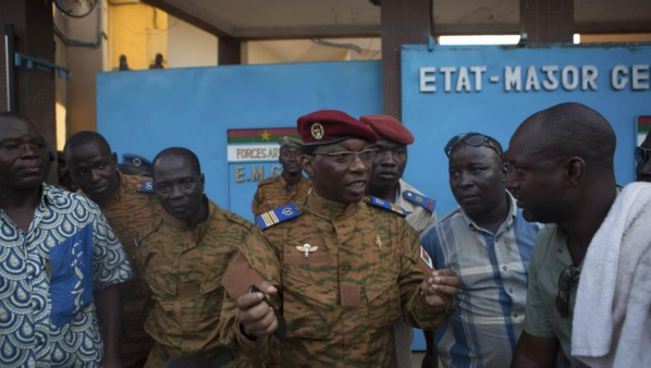 "Burkina Faso: l'armée va ""accompagner une transition démocratique"", a déclaré l'état-major burkinabè"