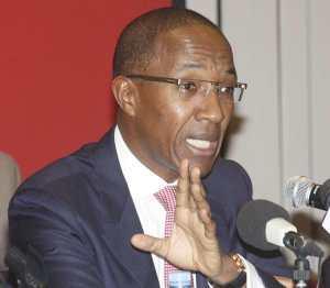 """Abdoul Mbaye, ancien Premier ministre : """"Aminata Touré a fabriqué du mensonge"""""""