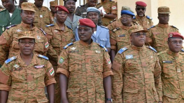 Burkina: L'Ua donne un ultimatum de 2 semaines à l'armée pour rendre le pouvoir
