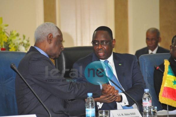 """Abdou Diouf :  """"A l'image de Senghor, je continuerai à ne faire aucun commentaire sur la vie politique sénégalaise"""""""