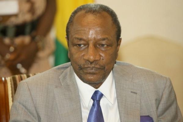 Ebola : Toujours en colère à cause de la fermeture des frontières, Alpha Condé menace d'affamer le Sénégal