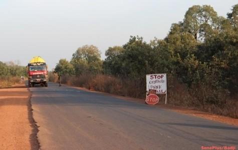 Ebola : Des Guinéens se procurent la carte d'identité malienne pour entrer au Sénégal