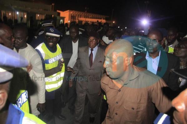 Me Abdoulaye Wade est de retour à Dakar (Regardez les images)