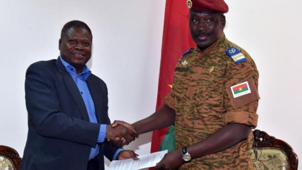 Burkina Faso: le nom du président de transition sera connu dans les prochaines heures (acteur)