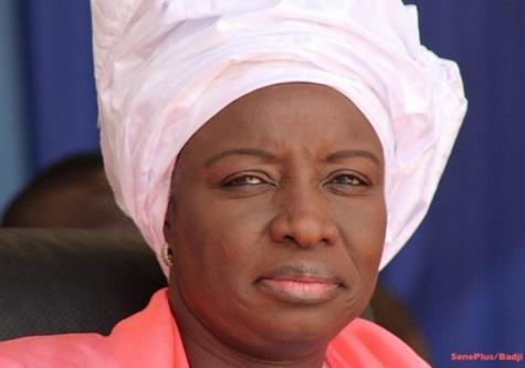 Condoléances: Mimi Touré chez Thierno Bocoum