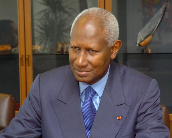"""Abdou Diouf : """"Je n'appuie pas cette politique de biens mal acquis..."""""""
