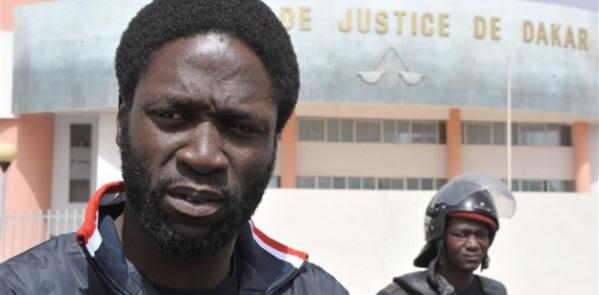 """Kilifeu assène ses vérités: """"Des dirigeants comme Macky ne sont là que pour fortifier la France"""""""
