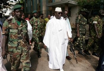 Gambie:  Jammeh lance la chasse aux homosexuels