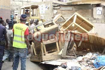Opération de déguerpissement : Grand-Yoff et Patte d'Oie se débarrassent de ses marchands tabliers irréguliers