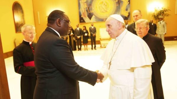 En visite à Rome : Macky invite le Pape François au Sénégal
