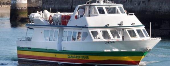 """Liaison maritime Dakar-Rufisque : Le navire """"Mame Couba Lamb"""" mis à l'eau"""