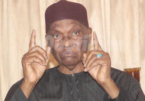 """Le pari risqué de Me Wade : pas de budget ; seul un appui de 5 """"Ndiaga Ndiaye"""" pour chacune des 19 Communes de Dakar"""