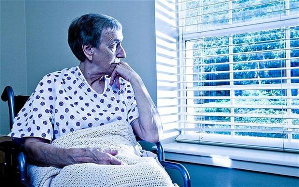 Une infirmière révèle les 5 plus grands regrets que les gens font sur leur lit de mort ! De véritables leçons de vie, bouleversant...