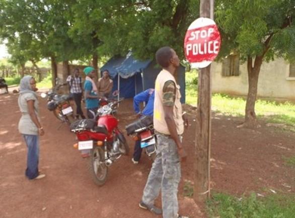 Lutte contre Ebola: trois Guinéens et une Sierra Léonaise arrêtés à Bakel