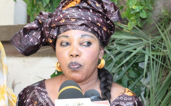 "Awa Guèye : ""Wade doit revenir à la sérénité..."""