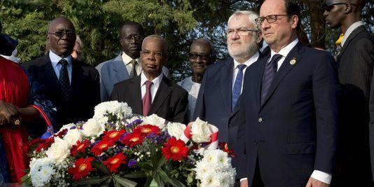 François Hollande répare les erreurs de la France au Sénégal