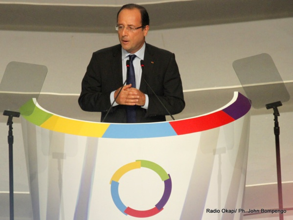Sommet de la Francophonie : Les piques de Hollande à Sarkozy