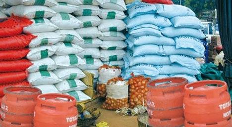 Magal de Touba 2014 : Remise de denrées alimentaires au comité d'organisation, mardi