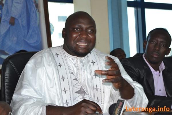 Présidentielle de 2017 : Toussaint Manga prône des primaires pour désigner un candidat