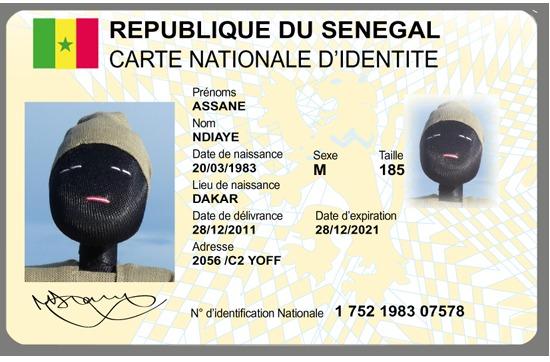Changement des pièces d'identité en vue : Les cartes à puce arrivent en 2015