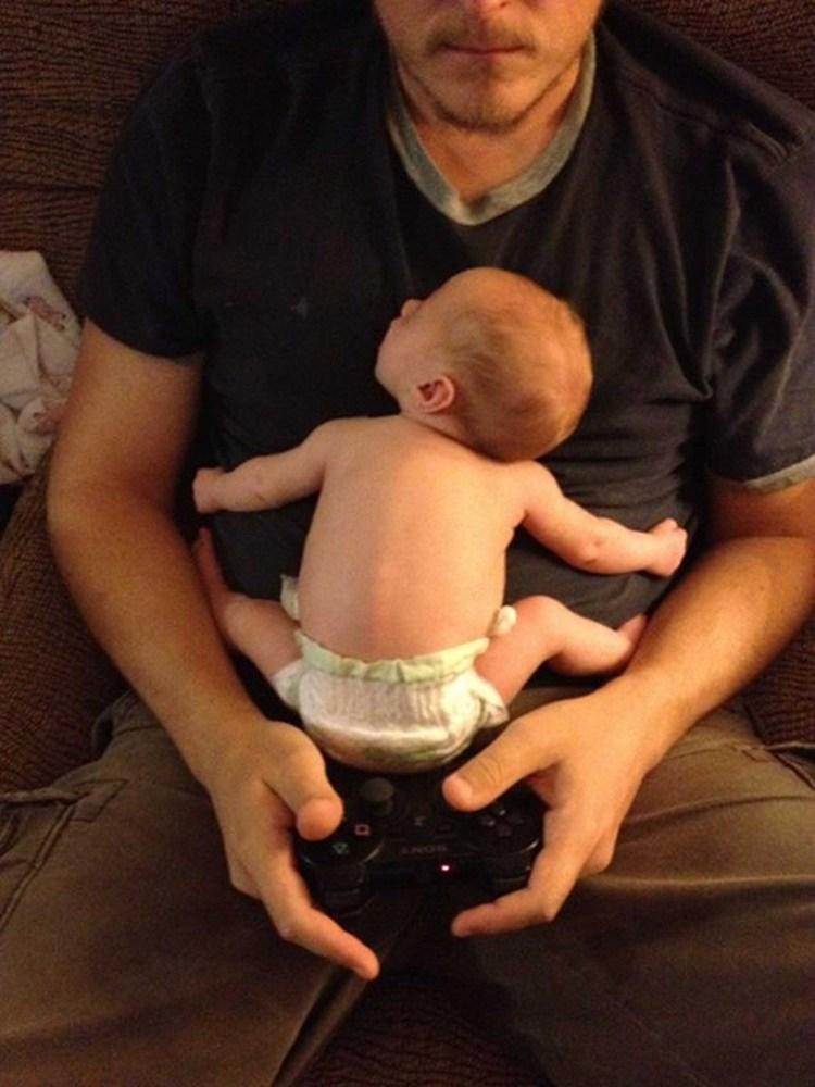 31 photos qui résument très bien ce que c'est que d'être papa ! La 27 est malheureusement fréquente...