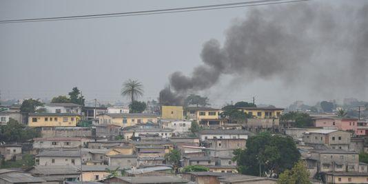 Gabon : des manifestants réclament le départ du président