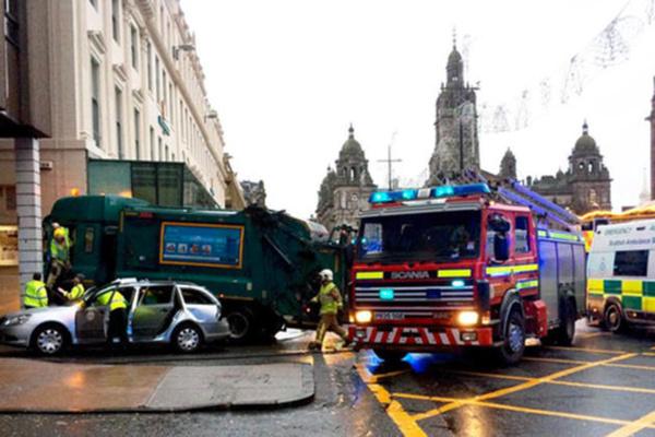 Accident de la route à Glasgow : plusieurs victimes