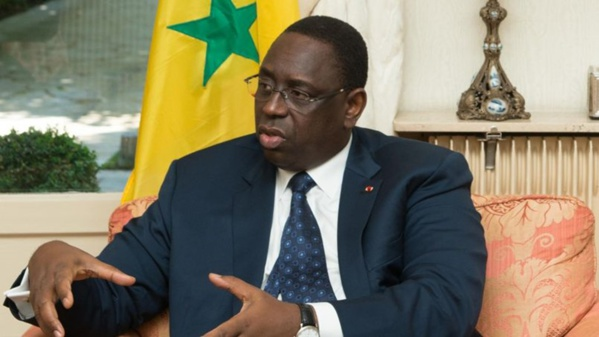 """Accusé d'avoir """"le bras coupé"""", le Président Macky Sall se défend"""