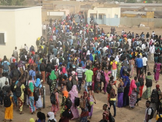 Détournement des frais d'inscription des élèves – La surveillante du lycée commune de Tamba mise aux arrêts