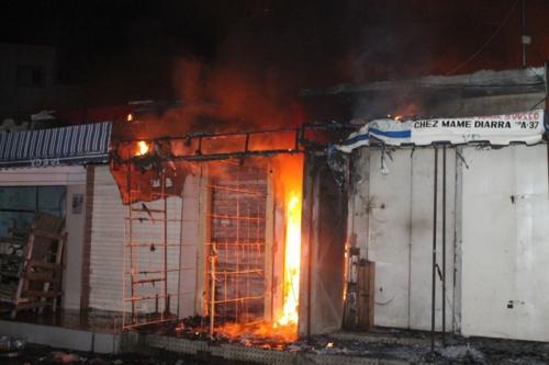 Urgent: Un commerçant meurt dans un incendie au marché Tilène