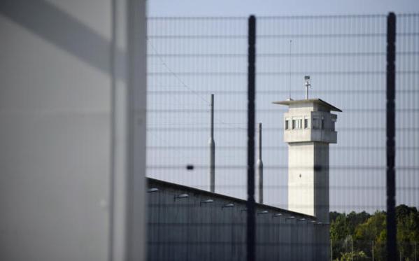 Meaux: Un surveillant de prison se suicide, retranché dans le mirador