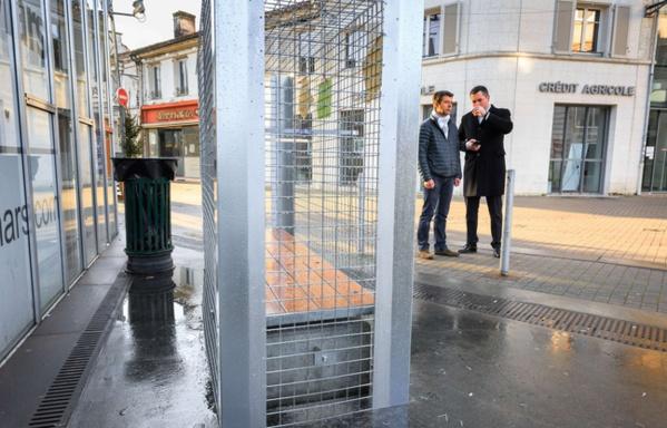 Angoulême: Les grillages anti-SDF démontés discrètement dans la nuit