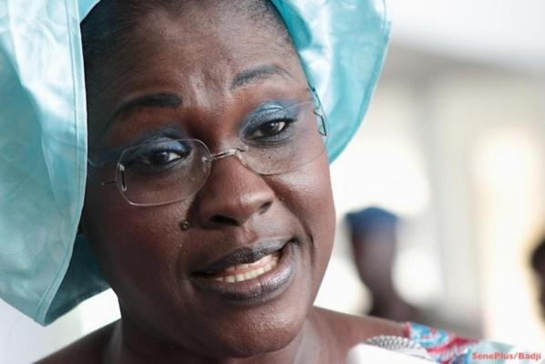 """Présidentielle de 2017 - Mously Diakhaté raille l'opposition : """"Le Pds est hors du jeu, Idrissa Seck ne fait plus le poids"""""""