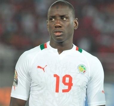 Zappé pour la CAN: Demba Bâ étale sa colère sur Twitter !