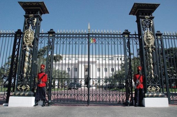 Arbre de noce à la Présidence: Cent millions de francs CFA pour les beaux yeux des enfants de la République