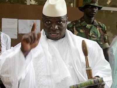 Gambie : Les putchistes seraient passés par le Sénégal, selon le président Yaya Jammeh