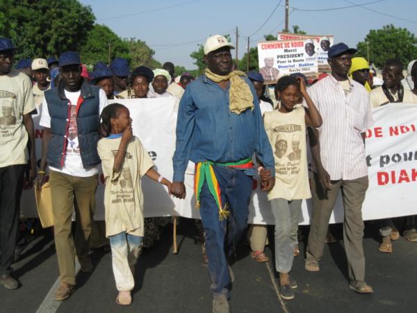 Département de Fatick : 400 jeunes de Ndiob organisent une marche pour remercier Macky Sall