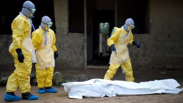 Bilan de l'épidémie d'Ebola: Plus de 20.000 cas, 7905 morts