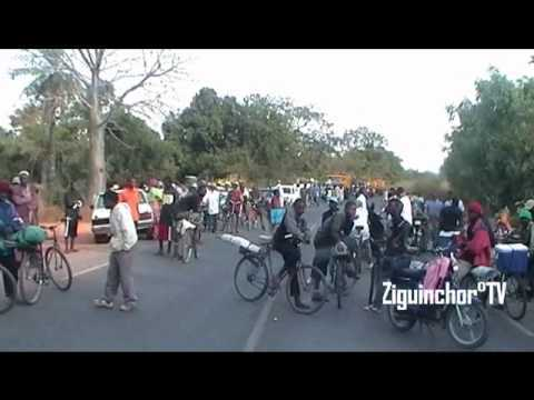 Ziguinchor : Les étudiants Boutoupa-Camaracounda marchent pour le retour de la paix