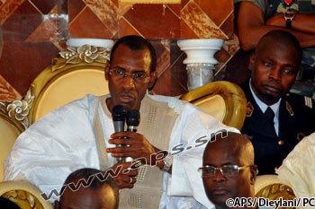 """Cérémonie officielle de Tivaouane: Abdoulaye Daouda Diallo appelle à prier pour """"la paix durable"""""""