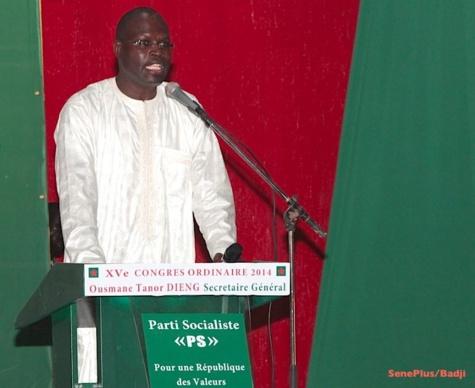 """Khaifa Sall maire de Dakar : """"Aucun nouveau projet pour 2015...mais tablettes aux élèves"""""""