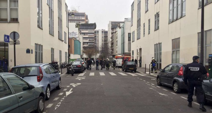 Attaque contre « Charlie Hebdo » : « choc » et « horreur absolue » dans la classe politique
