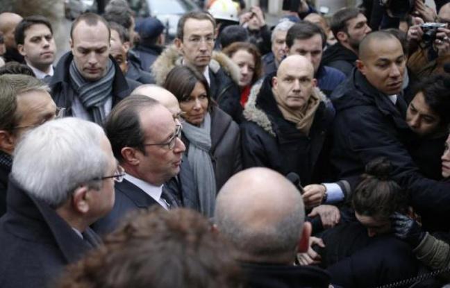 EN DIRECT. «Charlie Hebdo»: Des dizaines de milliers de personnes rendent hommage aux victimes... Cellule de crise à la section antiterroriste...