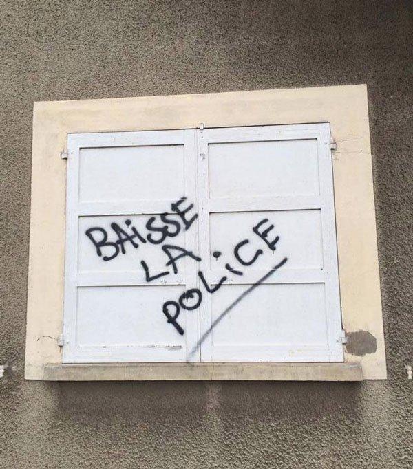 10 graffeurs qui n'auraient peut-être pas dû sécher les cours de français ! Sa fé mal o yeu...