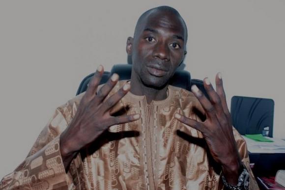 Oumar Faye, Leeral Askan Wi: « Nafi Ngom Keita doit être la première à faire la déclaration de patrimoine »