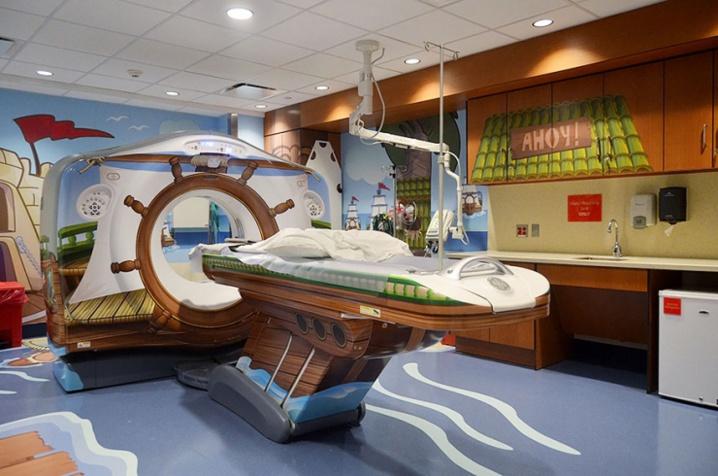Pour rassurer les enfants malades, cet hôpital a eu la meilleure idée du monde ! C'est vraiment sympa comme concept...
