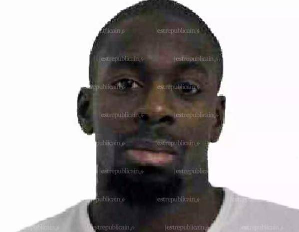 La famille de Coulibaly condamne les attentats