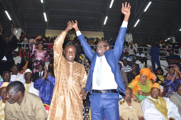 Finale municipale à Louga : Le maire Moustapha Diop frappe fort, Wally Seck enflamme le Ndiambour
